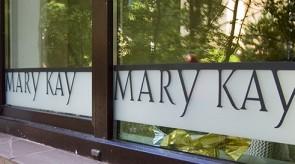 Mary Kay biuro vitrininiai langai